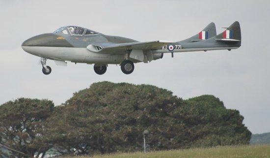 St. Mawgan, UK: The Vamire landing at Culdrose air day