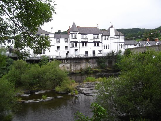 Royal Hotel: view from the riverside