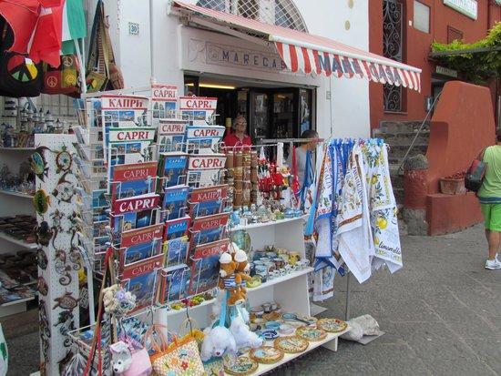 Leisure Italy - Tours : Capri shops