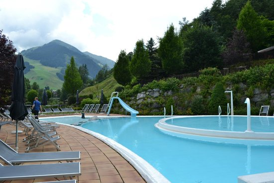Theresia Gartenhotel: View of swimming pool