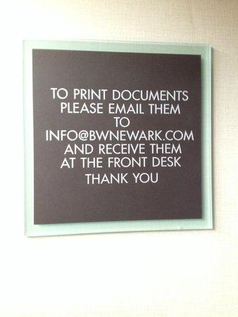 BEST WESTERN Plus Newark Airport West : Using printer