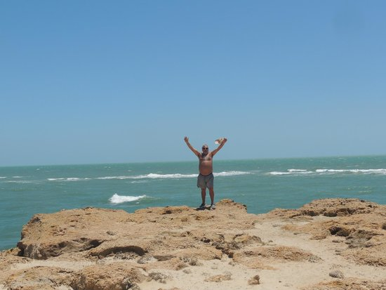 Pontal de Maceio Beach: Praia Pontal de Maceió - Fortim, Ceará, Brasil