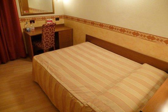 Felix Hotel : Zimmer