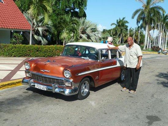 Sol Palmeras: Taxifahrer Ernesto Linares Mendez Tel. mobil 52388082