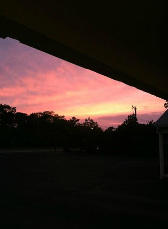 Ocean Park Inn Cape Cod: The sunset from our Front Office doorway