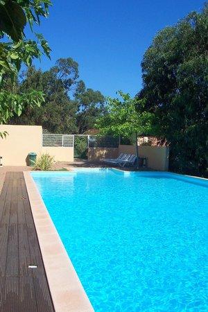 Camping Bella Vista : piscina a sfioro