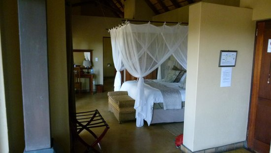 Elephant Plains Game Lodge : Beautiful room