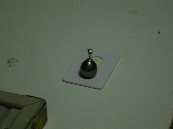 Arc En Ciel Bora-Bora: My beautiful Black Pearl Drop