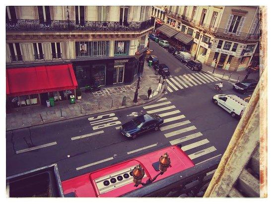 Normandy Hotel: Вид из окна