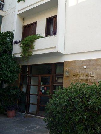 Hotel Nefeli: ingresso dell'hotel