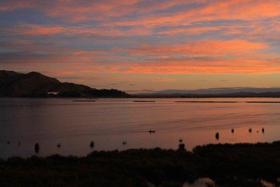 Hotel Jose Antonio Puno: Sunset from balcony