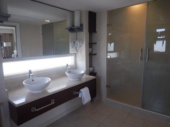 Hotel Playa Cayo Santa Maria : Salle de bain dans la chambre