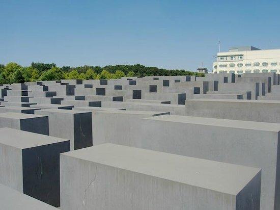 Original Berlin Walks: Holocaust Memorial