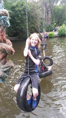 River Dart Country Park: Fun playing in the Lake....!