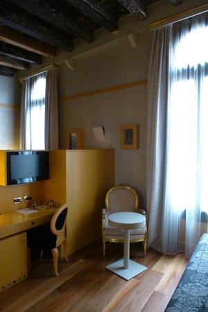 Hotel Ca' Zusto Venezia : Junior Suite Eingangsbereich