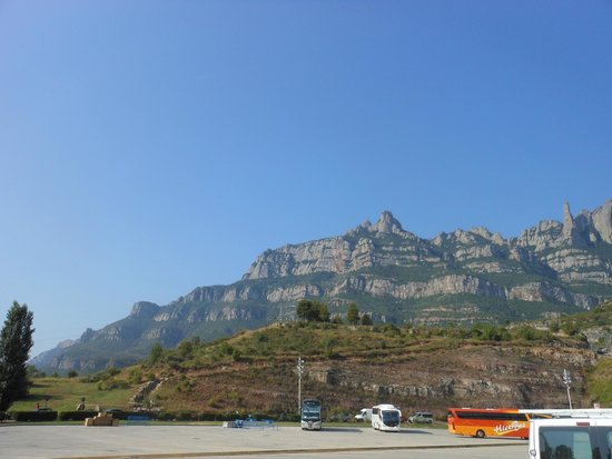 Barcelona Turisme - Afternoon in Montserrat Tour : Гора Монтсеррат