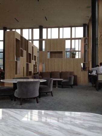 PARKROYAL on Pickering: Exec Lounge