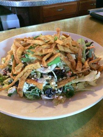 Bethlehem Brew Works: Minsi trail salad...