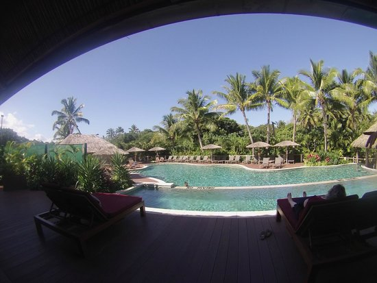 Outrigger Fiji Beach Resort: Pool