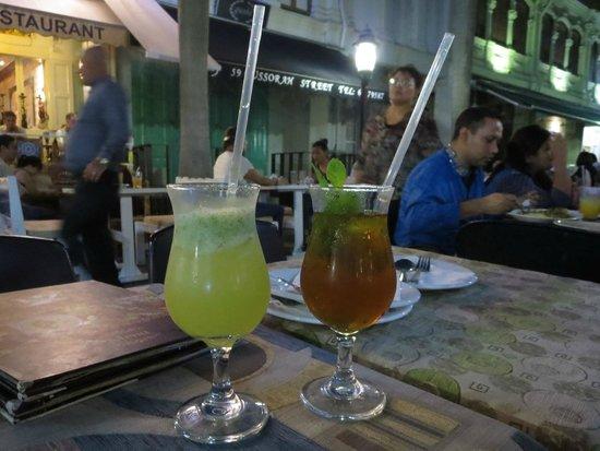 "Deli Moroccan: Our ""virgin"" drinks"