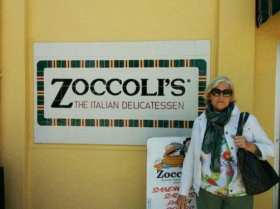 Zoccoli's Delicatessen : l'insegna del locale