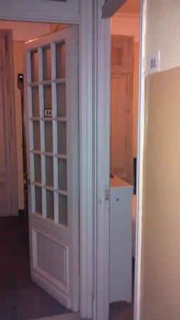 Hotel Palacio: Dois quartos em uma mesma acomodação.
