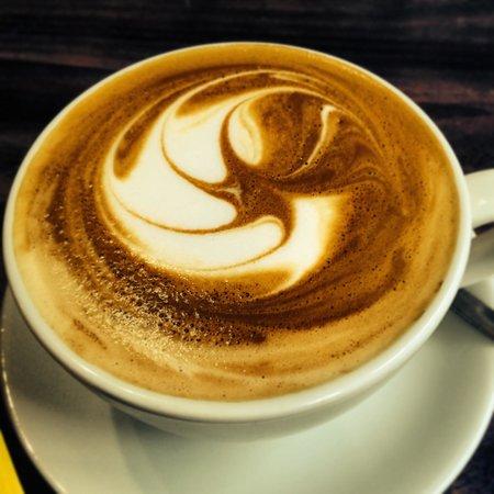 Dandy Horse Coffee House: Great latte!