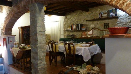 Casale Fontibucci: Frühstücks-Raum