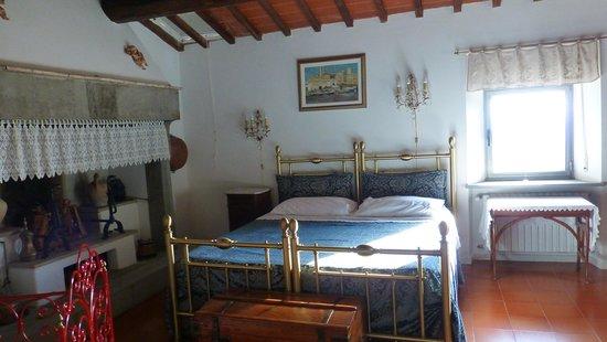 Casale Fontibucci: Schlafzimmer