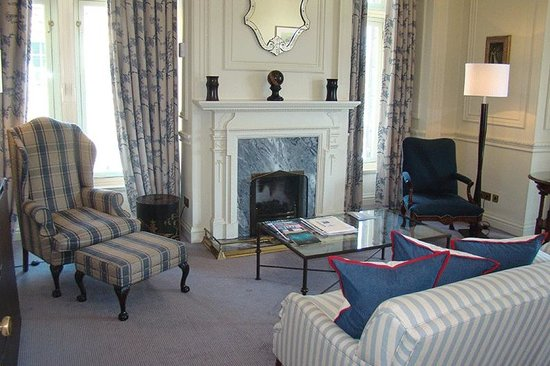 The Balmoral Hotel: The Braemor Suite (room 238)