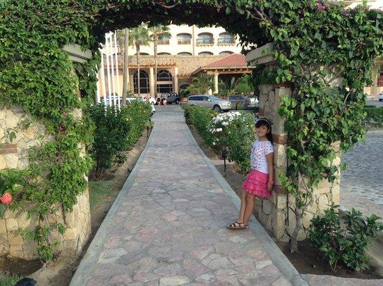 Royal Solaris Los Cabos: Entrada principal del hotel