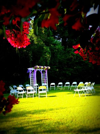 Herlong Mansion Bed and Breakfast Inn: Wedding Circle