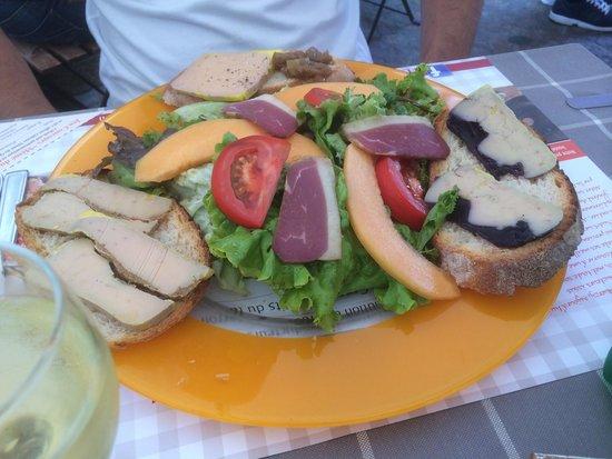 Mémé du Quercy : Salade magret foie gras