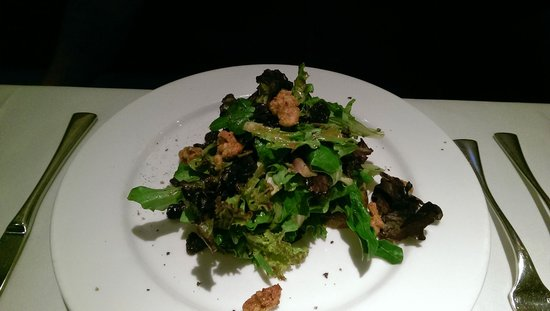 Sea Salt: Artisan greens salad