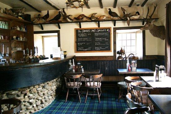 The Drovers Inn: Bar del pub