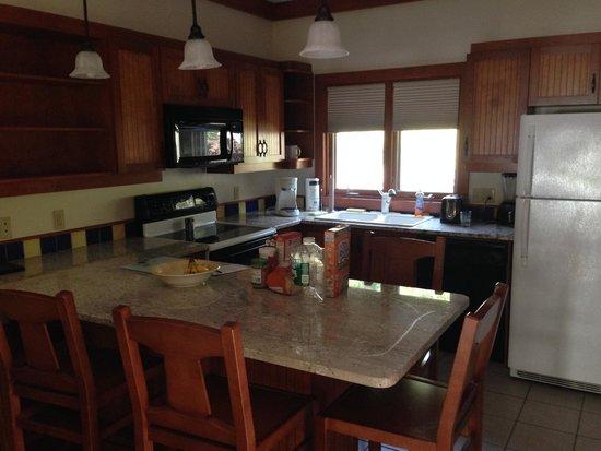 Sun Castle Resort: Kitchen