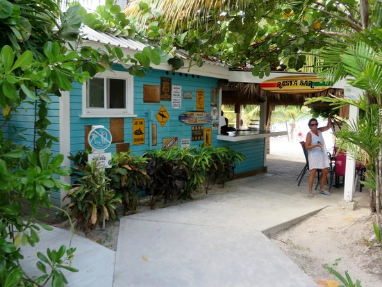 The Verandah Resort & Spa : Beach Bar by the reception area