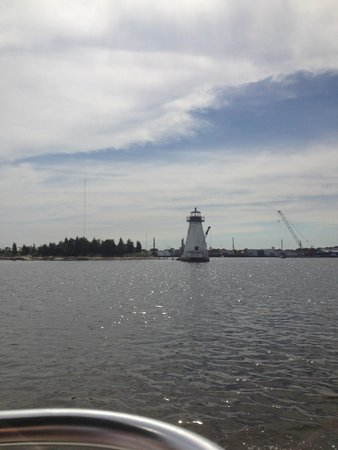 Whaling City Expeditions: Palmer's Island Lighthouse
