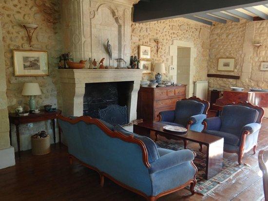 Chambres d'hotes Saint Emilion Bordeaux: Beau Sejour: Relax at Tea Time