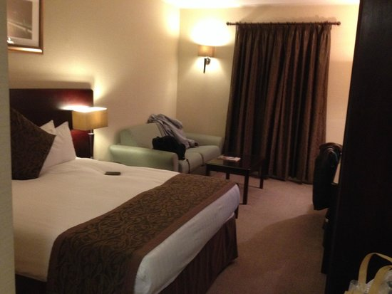Millennium & Copthorne Hotels at Chelsea Football Club : Room