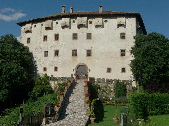 Castel Katzenzungen: Palazzo