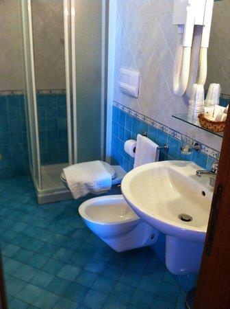 Solemar Hotel: bathroom