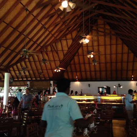 Fihalhohi Island Resort: Very Satisfied With Our Stay