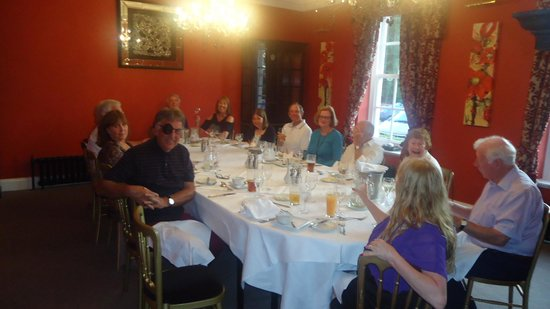 Bannatyne Spa Hotel: Bean Car Club members enjoy an intimate meal on their last night