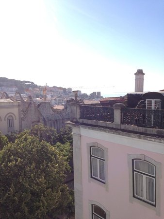 Lisboa Carmo Hotel: view from room