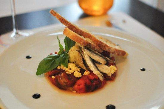 Le Séjour Café : Artichoke, pepper & anchovy.