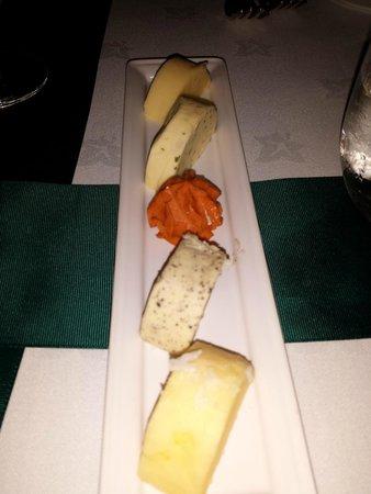 The Milestone Hotel : food