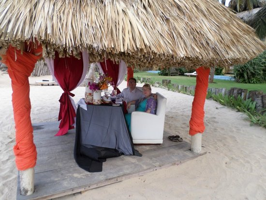 Zoetry Agua Punta Cana: This is the romantic dinner for two on the beach.