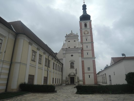 Tisnov, Czech Republic: Lovely surrounding, the hotel could be better