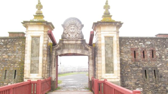 Fortress of Louisbourg National Historic Site: Entry Gate